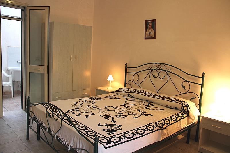 Appartamento sul mare con 3 camere da letto a torre pali for Appartamento con 3 camere da letto