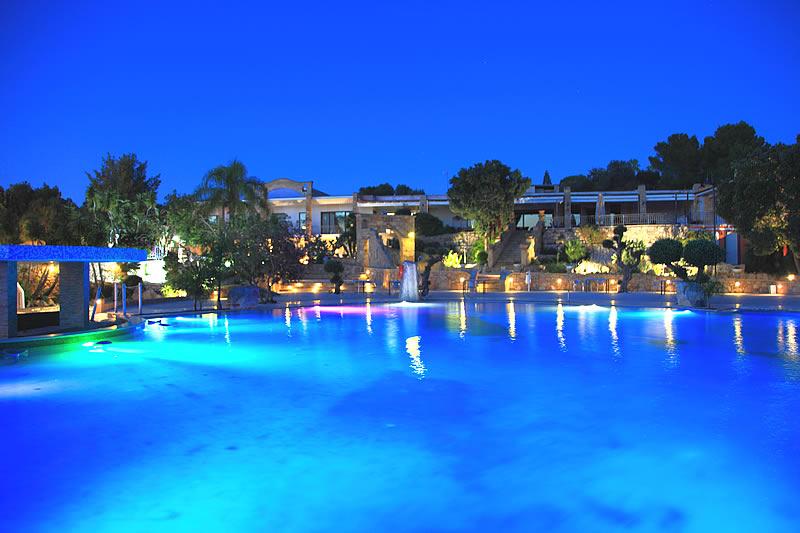 Villa eden resort villaggio con piscina a torre san - San giovanni in persiceto piscina ...