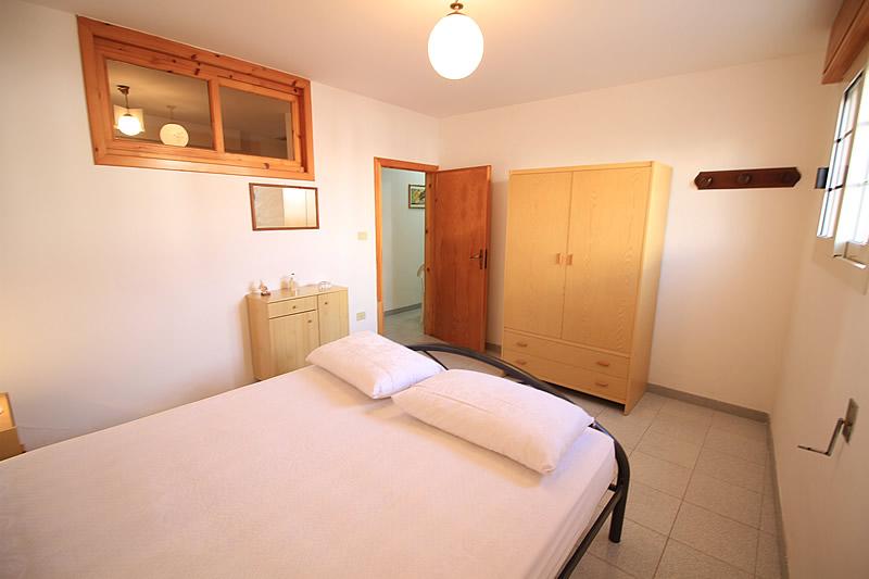 Appartamento con 3 camere da letto a posto vecchio for Casa con 3 camere da letto e garage