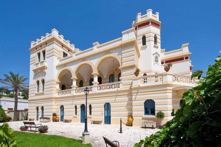 Hotel residence affitto a santa cesarea terme for Piani di casa in stile santa fe