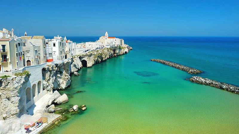 Vacanze in Puglia: i luoghi d'arte e natura